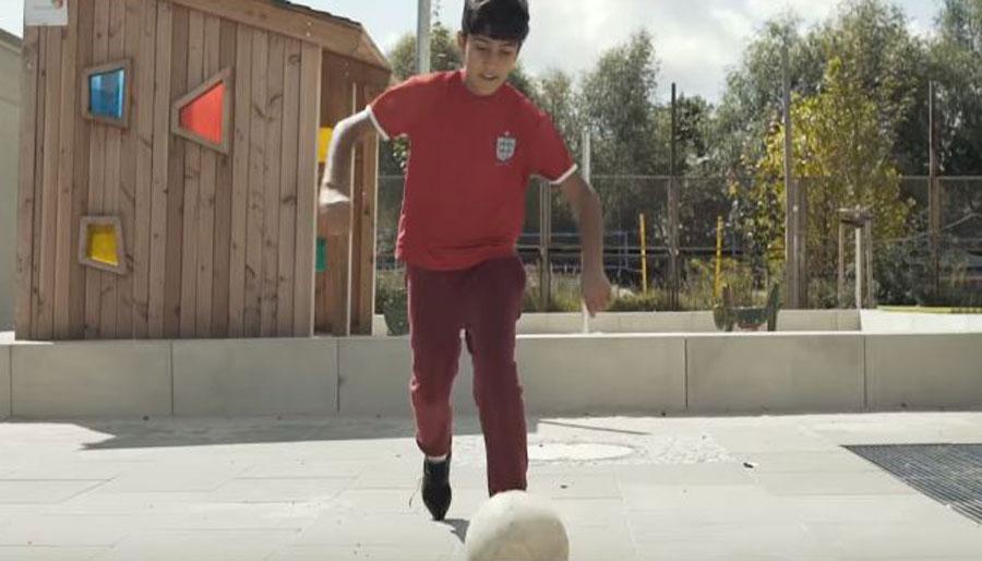 Lo sport è il modo perfetto per integrare i rifugiati in Germania: la storia del piccolo Shoaib